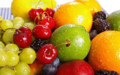 Свежие фрукты — источник витаминов