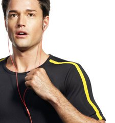 Музыка во время фитнеса