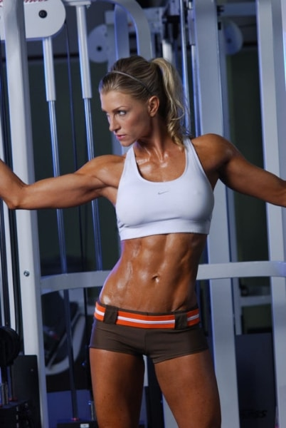 female-abs-6-pack