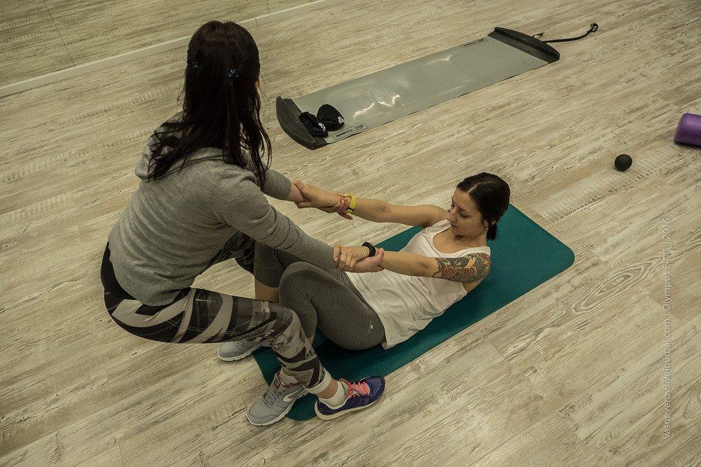 Растяжка мышц с персональным тренером